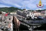 Ponte Genova, vigili del fuoco partiti anche da Rovigo per dare aiuto