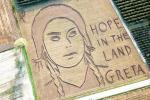Una land art per Greta Thunberg in mezzo ai campi