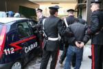 Marocchino abusivo occupa una casa, arredata con mobili rubati ai vicini