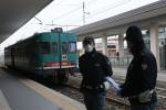 Senza mascherina e senza biglietto pretendevano di salire in treno