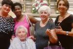 """Paese in festa per la """"piatara"""": la mitica Jolanda ne compie 102"""