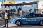 Neopatentato contromano in autostrada per chilometri