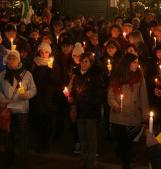 Candele per i diritti umani: questa sera la manifestazione