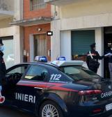 I carabinieri portano i tablet per seguire le lezioni agli studenti senza computer