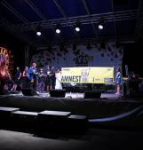 Il gran finale del festival della musica e dei diritti umani con i Negramaro