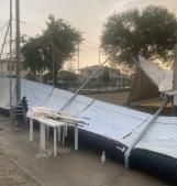Un inferno di vento e pioggia si abbatte sul centro sportivo