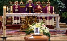 In Duomo l'addio a Sebastiano, l'ultimo proiezionista