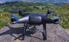 Contro chi esce di casa senza motivo arrivano i droni
