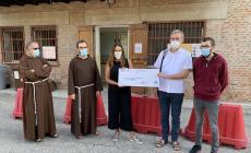 Un assegno da quasi 3mila euro per la mensa dei Frati Cappuccini