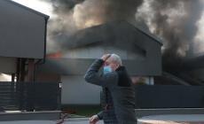 """Incendio: """"Per fortuna nessun allarme inquinamento"""""""