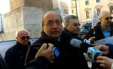 Stampa in piazza a Montecitorio contro i tagli all'editoria