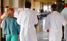 """""""I nostri medici e infermieri non possono scendere in campo senza protezioni"""""""