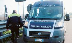 Polizia locale mandata in strada senza armi: il sindacato pronto ad agire