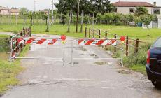 Ponte chiuso, i residenti restano bloccati