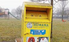 I ladri svuotano i contenitori dell'Humana