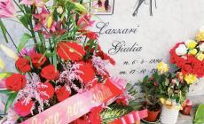 Riflessioni contro la violenza sulla tomba di Giulia