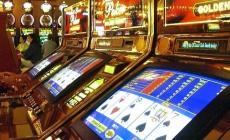 Un giovane bassopolesano su cinque <br/> gioca alle slot o ai videopoker