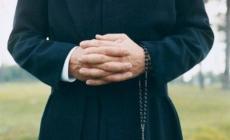 Abusi dal prete<br/> il racconto shock