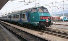 """Addio a 14 passaggi a livello i treni """"si scaldano solo a diesel"""""""