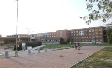 La hall dell'ospedale di Rovigo <br/> ricovero per due senzatetto