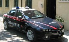 Ladro beccato dai carabinieri <br/> mentre rubava un'automobile