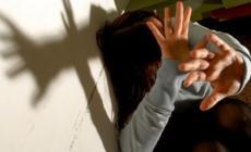 Maltrattava moglie e figlia <br/> a giudizio 34enne marocchino