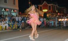 Serata a ritmo di danza <br/> in piazza Marconi a Donada