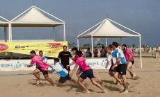 Rugby sulla spiaggia a Rosolina <br/>  festa speciale per la solidarietà