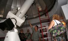 """Tutti con lo sguardo al cielo <br/> all'osservatorio astronomico """"Bazzan"""""""