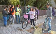 """Studenti a scuola in bicicletta<br/> successo per """"Bike to school"""""""