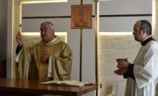 """Casa di cura """"Città di Rovigo""""<br/> il vescovo benedice la struttura"""