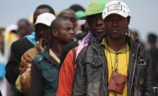 Trafficante africano di donne <br/> mascherato da profugo