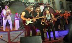Anni '90 stasera al Borrachito <br/> domani rockabilly al Decanter