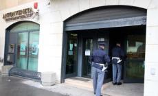 Rapina in banca col taglierino <br/> due condanne e tre patteggiamenti