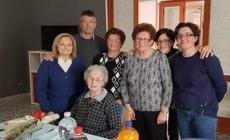 Buon compleanno Maria Benetti, una nonna da 101 candeline