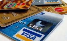 Un bonus di Natale per chi paga con  carta e bancomat