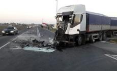 Incidente fra due tir nel padovano, traffico in tilt fino a Cavarzere