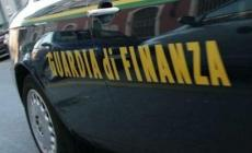 Truffa della benzina, 31 indagati e 26 milioni di euro di evasione fiscale