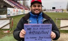 """""""No alla violenza sulle donne""""!: il messaggio di Joe McDonnell"""