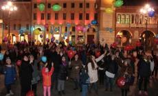 """""""No"""" alla violenza contro le donne, flash mob a Rovigo"""