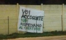 Striscione incita al razzismo a Lendinara, rimosso dai Carabinieri