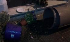 La baby gang torna a colpire, atti vandalici in centro città