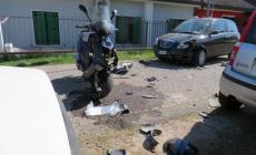 Schianto auto-scooter, 20enne grave