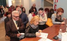 Primarie Pd, in seimila incoronano Matteo Renzi