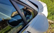 Rubano nell'auto in sosta in A13, bottino ingente