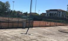 Centro sportivo Luca Doni, tagliata l'erba alta