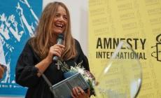"Nada ritira il premio Amnesty International: ""Canzone nata da dentro"""