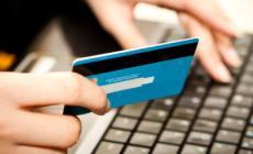 Spariscono soldi dal conto, rodigino truffato sul web