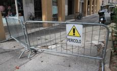 Piazza Repubblica, vie le panche è rimasto il degrado