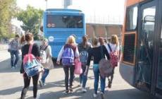 """""""A scuola a scaglioni, o in autobus non ci state tutti"""""""